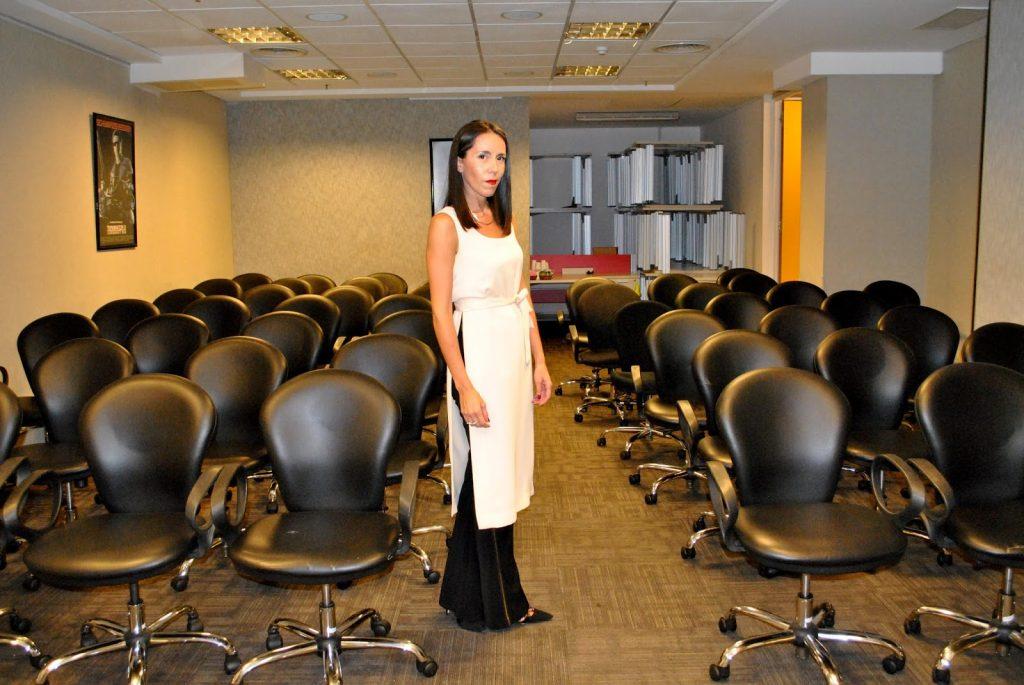 charla dia de la mujer, pricewaterhouse, asesora de imagen, july latorre, julieta latorre, como vestir para la oficina, looks de la oficina al coctel, como estilizar la figura, consejos